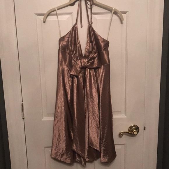 Jessica McClintock Dresses & Skirts - Gold bow halter Jessica McClintock dress